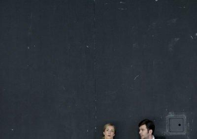 Theater Basel/Der Sandmann/Uraufführung am 20.10.2012/Oper von Andrea Lorenzo Scartazzini/Libretto von Thomas Jonigk/Musikalische Leitung:Thomas Hanus/Inszenierung:Christof Loy/Bühne:Barbara Pral/Kostüme:Ursula Renzenbrink/Choreograph:Thomas Willhelm/L