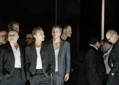 Theater Basel - Der Sandmann - Uraufführung am 20.10.2012 -Nathanael: Ryan McKinny - Chor des Theater Basel